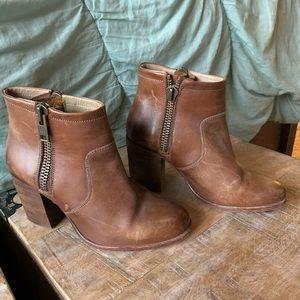 Hinge brown leather booties